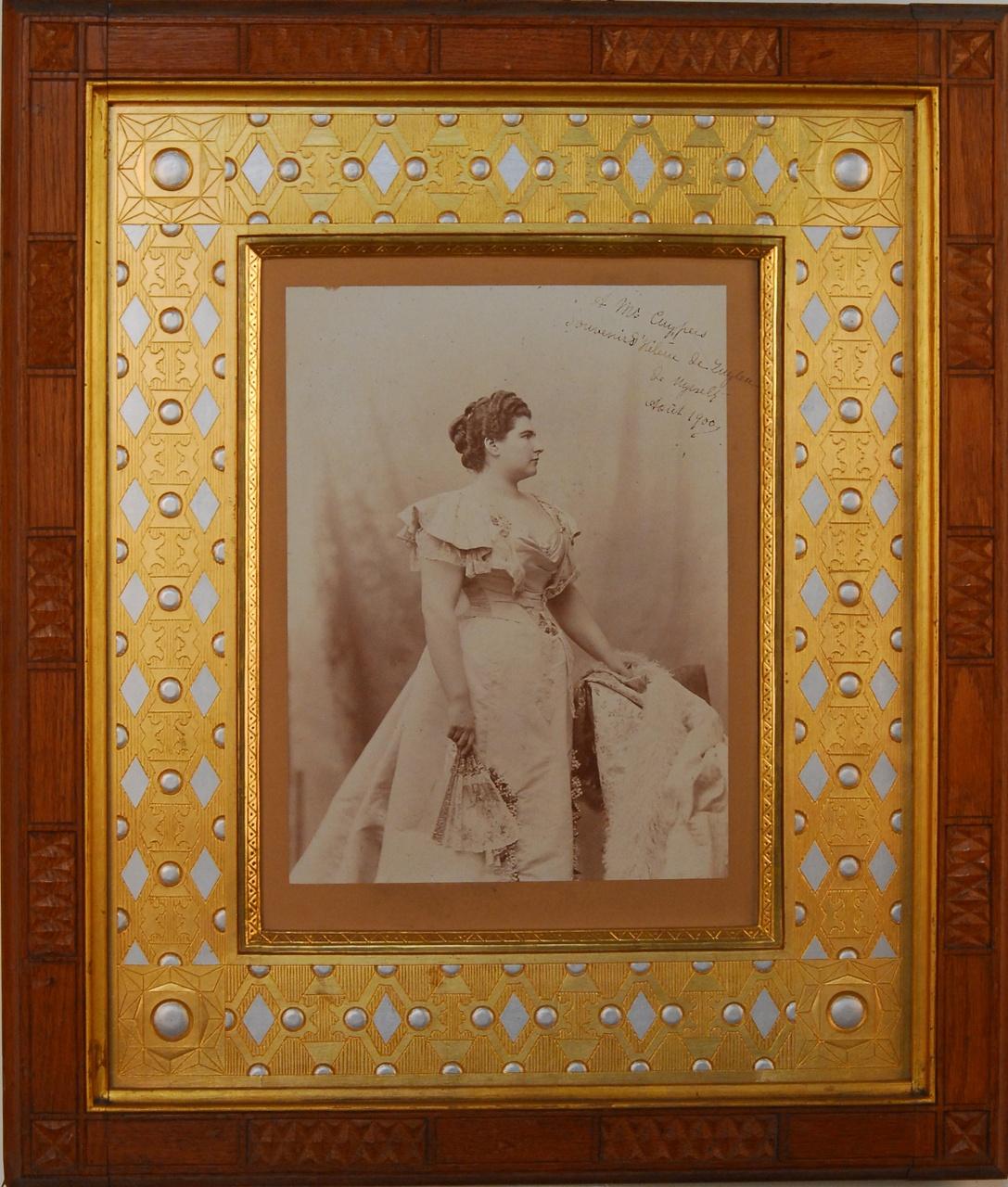 Fotoportret van baronesse Helene de Zuylen de Nijevelt van De Haar