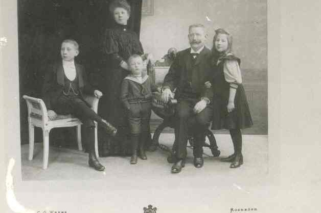 Groepsfoto van de familie J.Janssen - Wijdeveld