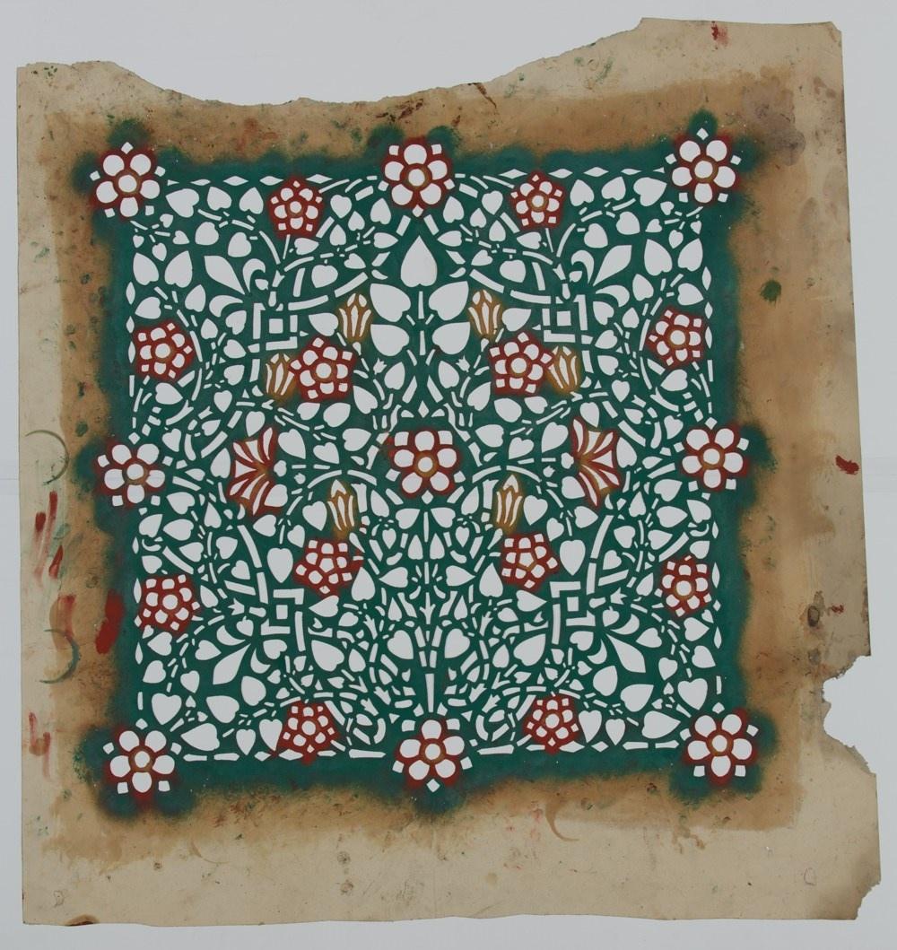 Sjabloon met bloem- en bladmotieven, per kwadrant herhalend